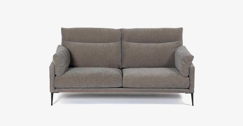 シンプルモダンスタイルのソファ