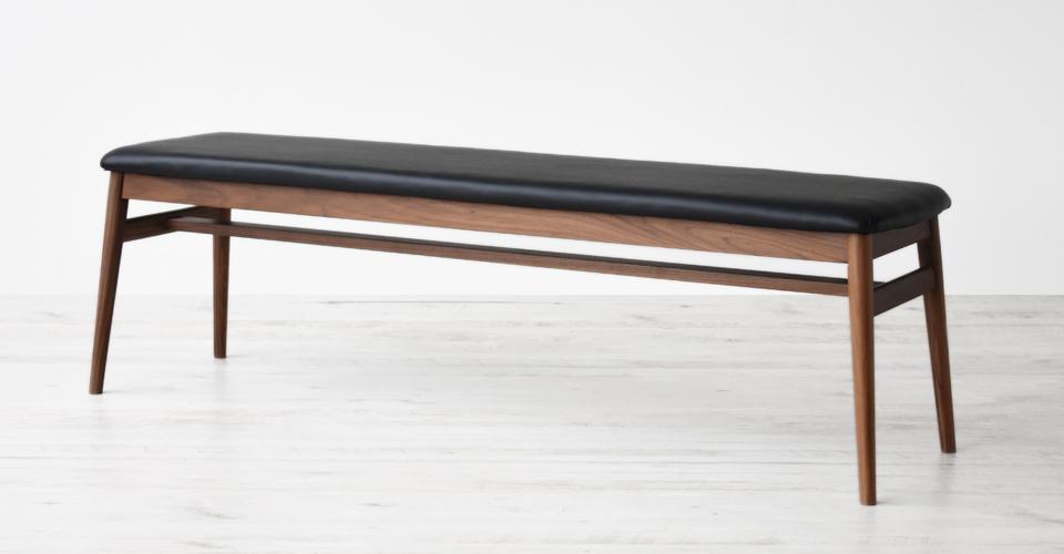 ■ウォールナット材/PVCブラック色