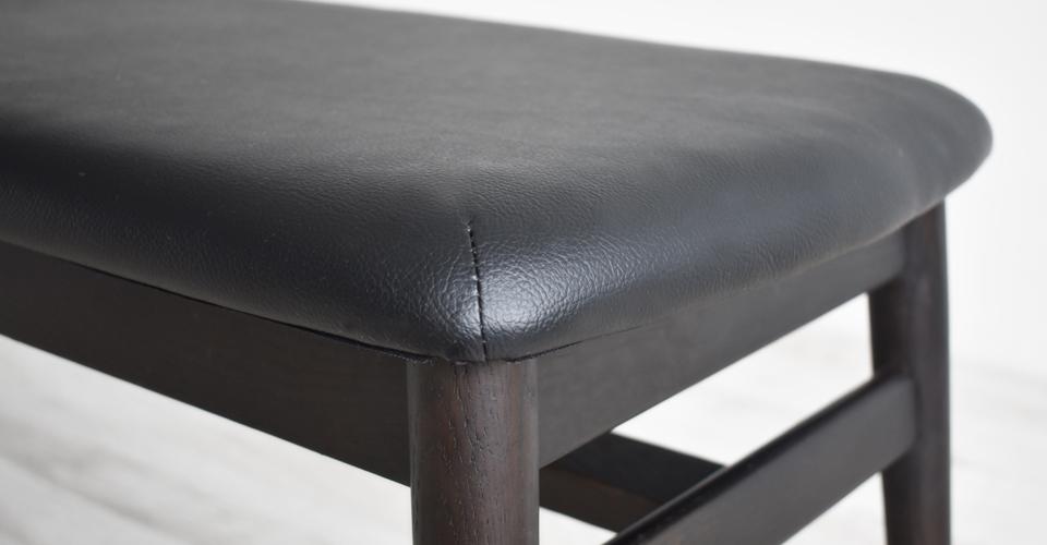 ■レッドオーク材/ダークブラウン色/PVCブラック色